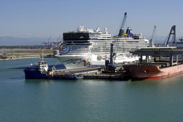 NCL Cruise Ship Epic at Livorno